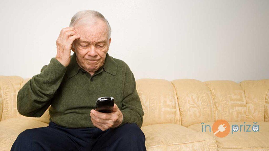 telefoane-butoane-mari-patrani-pensionari-seniori-bunici-taste